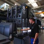 Nå er den her – den nye digitale emballasjepressen fra HP/KBA