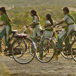 Papirprodusent sørger for sykler til skolejenter